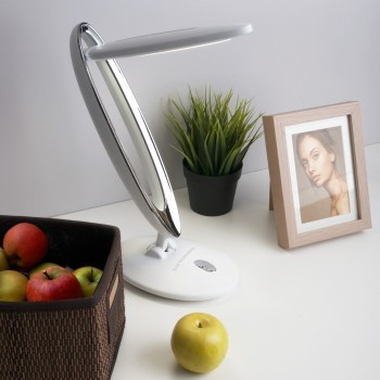 Настольный светодиодный светильник Saturn белый TL80930